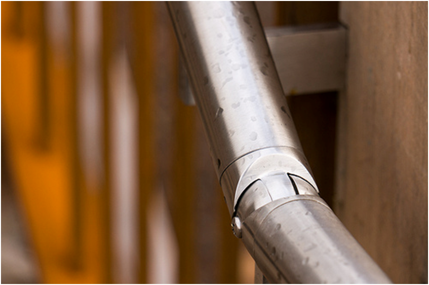 Stainless steel handrails look great in all settings and are also extremely durable
