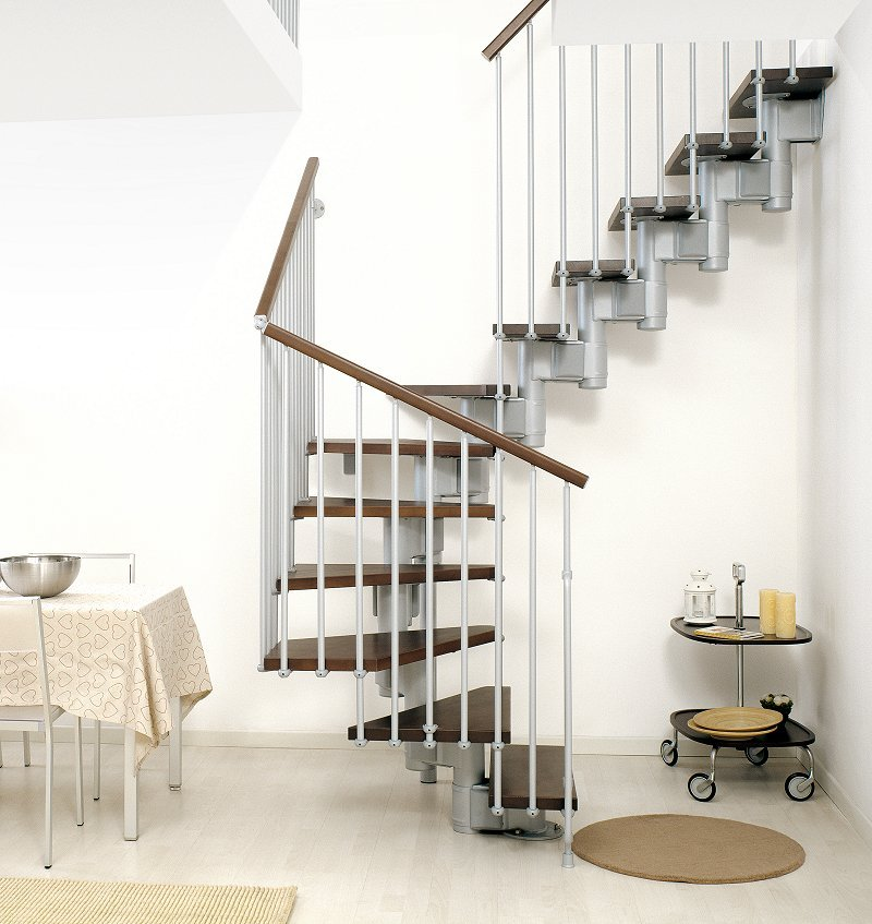 Tidy Clutter Free Spiral Staircase